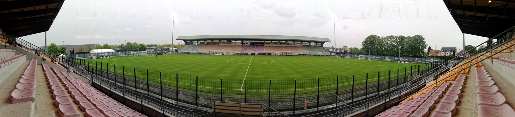 Stade Pierre Brisson, avant Red Star – Paris FC (c) Gérard Valck